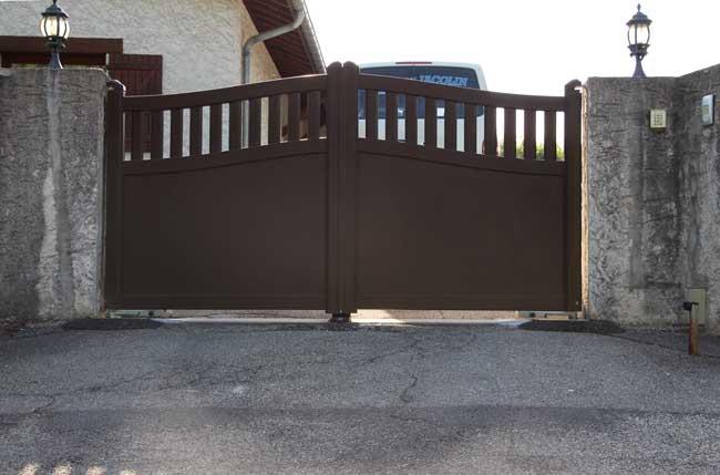 Portail aluminium st-blaise-du-buis