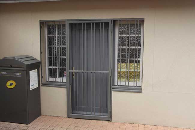 Grilles de défense porte et fenêtre